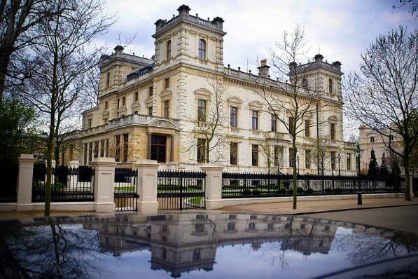 Kensington Palace Gardens